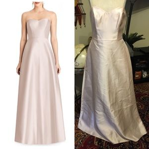 NWOT Alfred Sung Strapless Sateen Gown Blush 8
